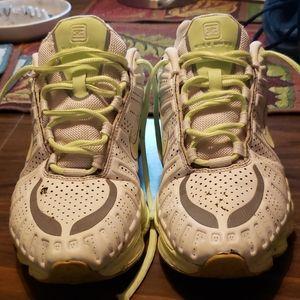 Nike Shox TLX